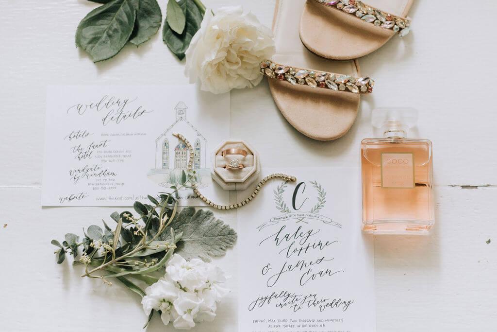 Gruene Wedding Decorations